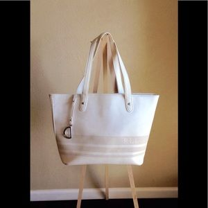 💙White Ralph Lauren Handbag with Saddle Ring